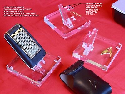 Star Trek TOS, Phaser P1, Communicator, Display Stand, Very High Quality