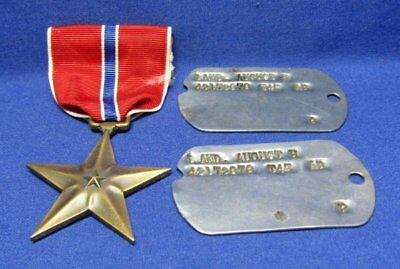 WWII 1945 Army Dog Tags Set T45 & Bronze Star Medal In Original Box Lot Of 3