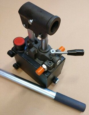 Hydraulic hand pump for double acting cylinder, closed center. 0.75in3, 4500 PSI