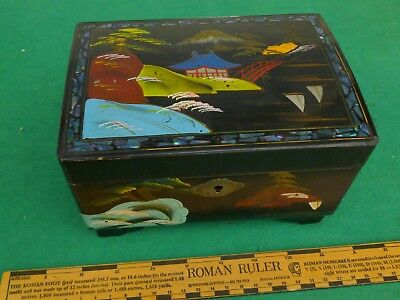 Vintage - Chinese Lacquerware - Working Musical Trinket Box With Key