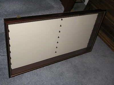 Wall Mounted Dustproof Display Cabinet (b) - Suitable for Lledo models