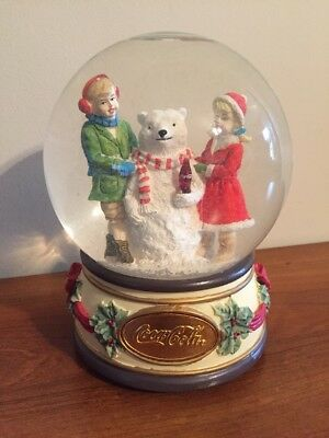 "Coca Cola 1994 Musical Snowglobe ""The Snowbear"""