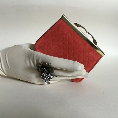 Vintage Ladies Coin Purse Wallet Rusty Red Suede Leather With Kiss Clasp
