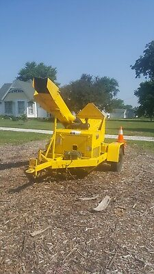 2005 Woodchuck Diesel Chipper