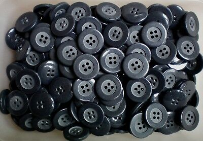 20mm 32L Grey Light /& Charcoal Abstract Marbled 4 Hole Craft Buttons Button W699