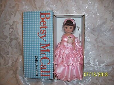 "Tonner Tiny Betsy McCall 8"" PINK PORTRAIT Doll"