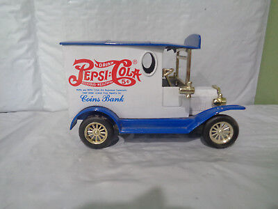 Pepsi-Cola  Delivery Car / Truck - Coin Bank - With Key