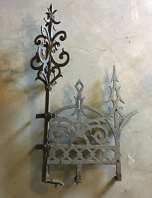 Large Antique Decorative Iron Roof Ridge Cresting / Garden Fencing with Finials.