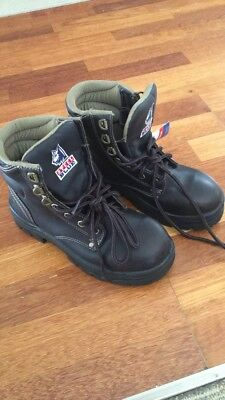 Steel Blue Safety Boots
