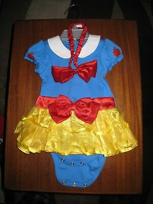 Baby Snow White Disney Store Dress with Headband. Size 6-9 months Never Worn.