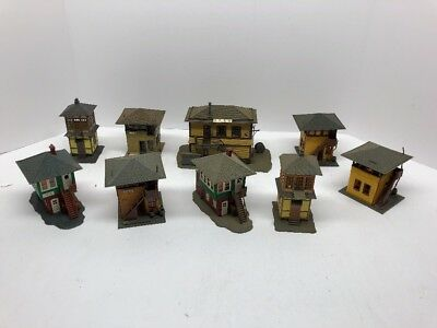 HO scale Lot Of Buildings  vintage model railroad. Control Towers . Lot 40