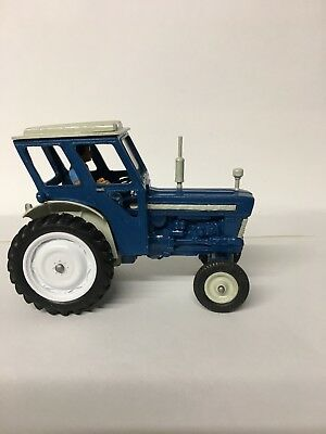 Britains Tractor Ford Super Major 5000  Model 1:32