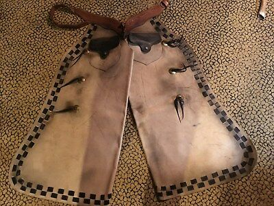 Rare Vintage Working Batwing Cowboy Chaps, The Real Deal, 6 Concho, 2 pocket
