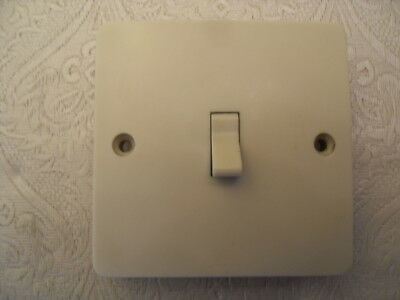 Vintage MK 6323 Single 1 Gang 1 Way Light Switch Ivory Colour - Toggle Switch