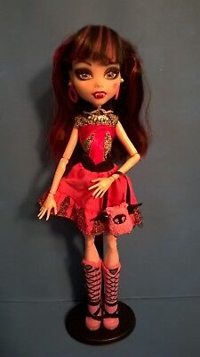 Mattel Monster High Doll, Clothed & Accessorized: Pink & Black Hair & Outfit