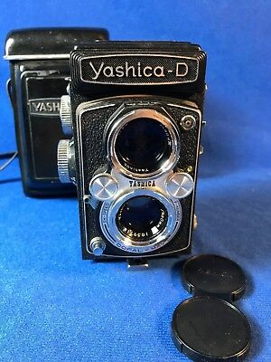Yashica-D TLR 120 Roll Film Camera with Case Not Working For Parts