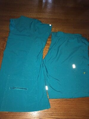 Womens Med Couture Activate Scrub Set Size Large