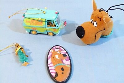 4 Scooby-Doo Collectibles Nametag, necklace, Mystery Machine ornament, miniatur