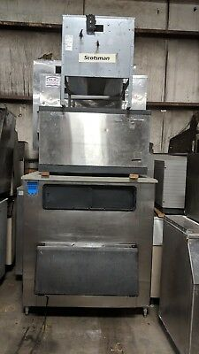 Scotsman ice machine CME 2006RS with condenser and BIN