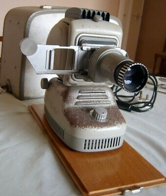 Vintage Metal Bodied Noris 'Plank' 35mm Format Slide Projector With Case Working