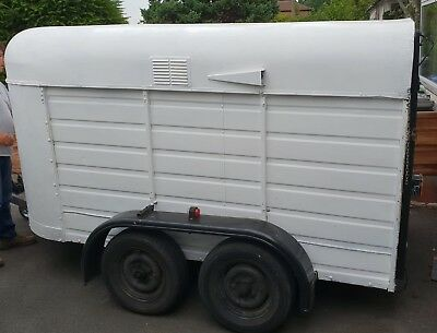 converted horse box trailer