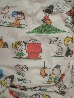 Vintage 1971 Peanuts Gang Twin Fitted Bed Sheet Fabric Crafts Snoopy baseball
