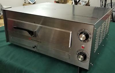 One Wisco 560 560D Nsf Countertop Commercial Pizza Oven !! D