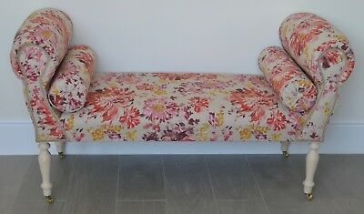 Chaise Longue Lounge Sofa Daybed Seat in a Floral Red/Pink/Yellow/Plum Print
