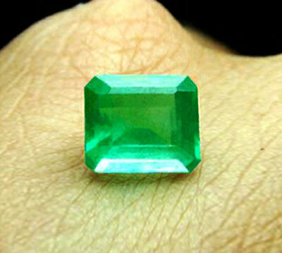 2.58 ct Natural Earth Mined Emerald Certified No Reserve