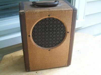 VINTAGE TUBE AMP...Late 30's to 40's