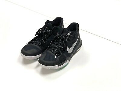 9d020a57e28c Nike Kyrie Irving 3 Mens SIZE 10.5