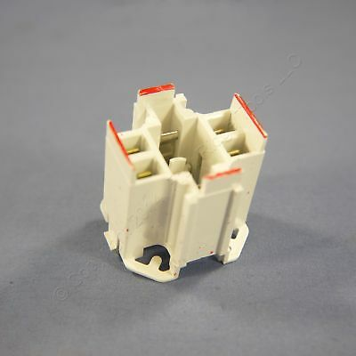 Leviton Snap-In Compact Fluorescent Lamp Holder Light Socket G24q-6 26725-426