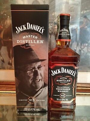 COPPIA DI JACK DANIEL'S MASTER DISTILLER N° 3-TENNESSEE 1941 to 1964 43% RED DOG