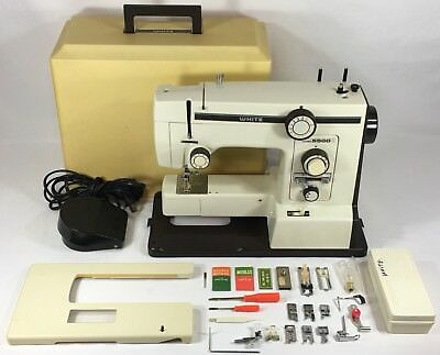 WHITE SEWING MACHINE Model 40 New In Boxbut MISSING Foot Control Gorgeous White Sewing Machine 1632