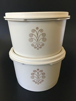 RETRO 1970's Tupperware Canisters - Fan Lid - Pair