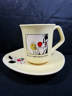 Warner Brothers  Tweety and Sylvester   CUP AND SAUCER