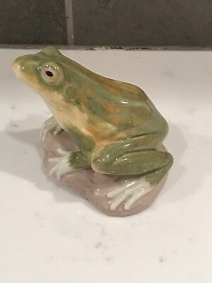 Lladro #6702 Nature's Observer Green Frog No Box