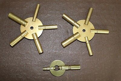 Set Of 3 Clock Winding Keys - Sizes Brass Spider Star - Odd And Even
