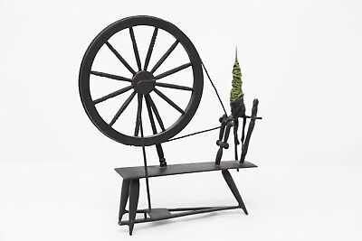 WDCC DISNEY Sleeping Beauty Spinning Wheel