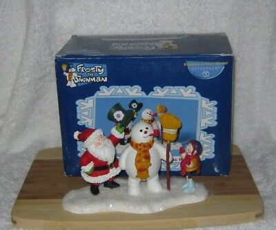 Department 56 - Frosty The Snowman - Frosty The Snowman's Magic Hat -  From 2004