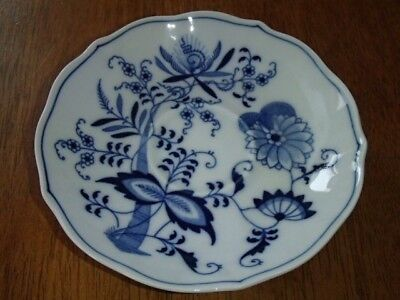 Blue Danube Japan Blue Onion Pattern Cup and Saucer, Cup 2 ½Tx3 3/8D Saucer 5 ½D