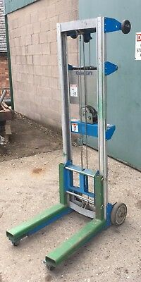 genie lift GL 8 material lift up to 3m high.