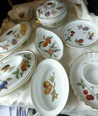 ROYAL WORCESTER EVESHAM - selection of covered dishes - choose from drop down