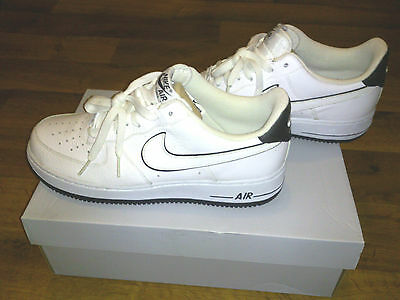 nike air force one schwarz history month