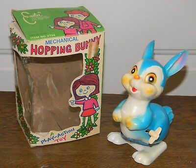 Vtg Japan Rabbit Easter Bunny Mechanical Wind Up Hopping Play Action Toy In Box