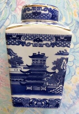 Wade for Ringtons Willow Pattern Tea Caddy Based on Maling Design 1991 Vintage