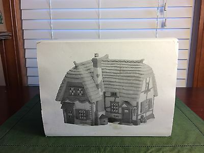 Dept 56 Cobb Cottage Dickens  Christmas Village #5824-6