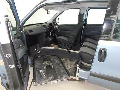 2013 FIAT DOBLO AUTOMATIC UP FRONT WHEELCHAIR PASSENGER Wilson Healey  Multipla