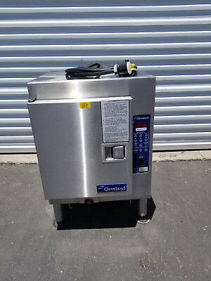 Cleveland SteamCub Steamer Model 1SCE in 208V 3-Phase Electric