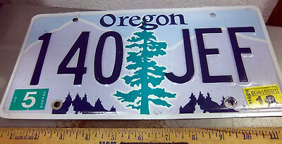 OREGON license plate, 2015, Pine tree & mountains, 140 JEF, Beautiful graphics